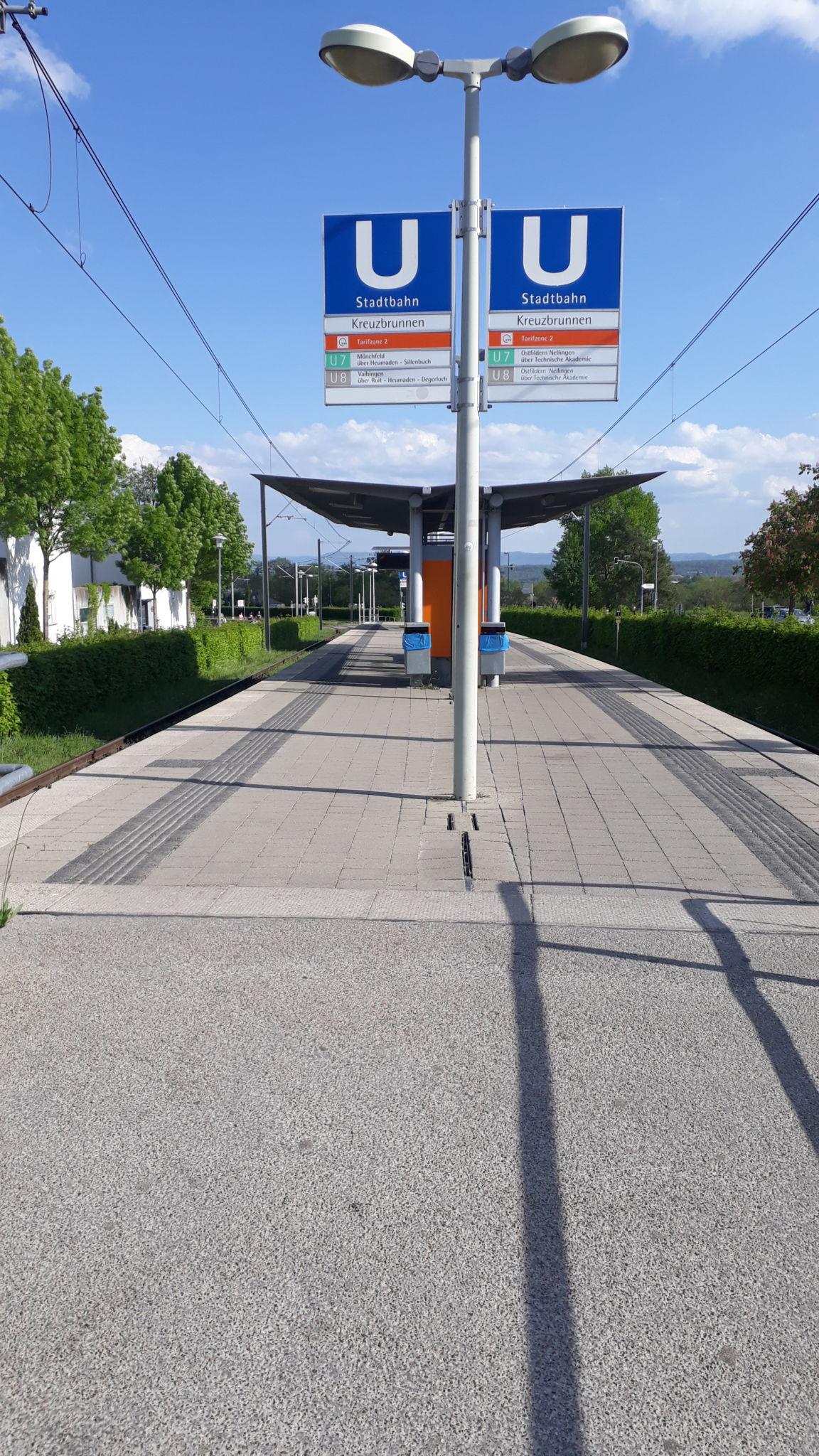 Stadtbahnhaltestelle U7 / U8 Kreuzbrunnen, Scharnhauser Park